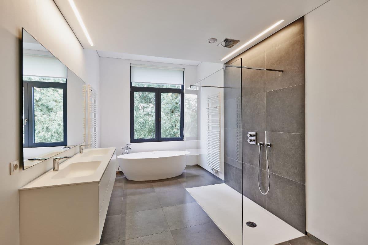salle de bain plafond tendu